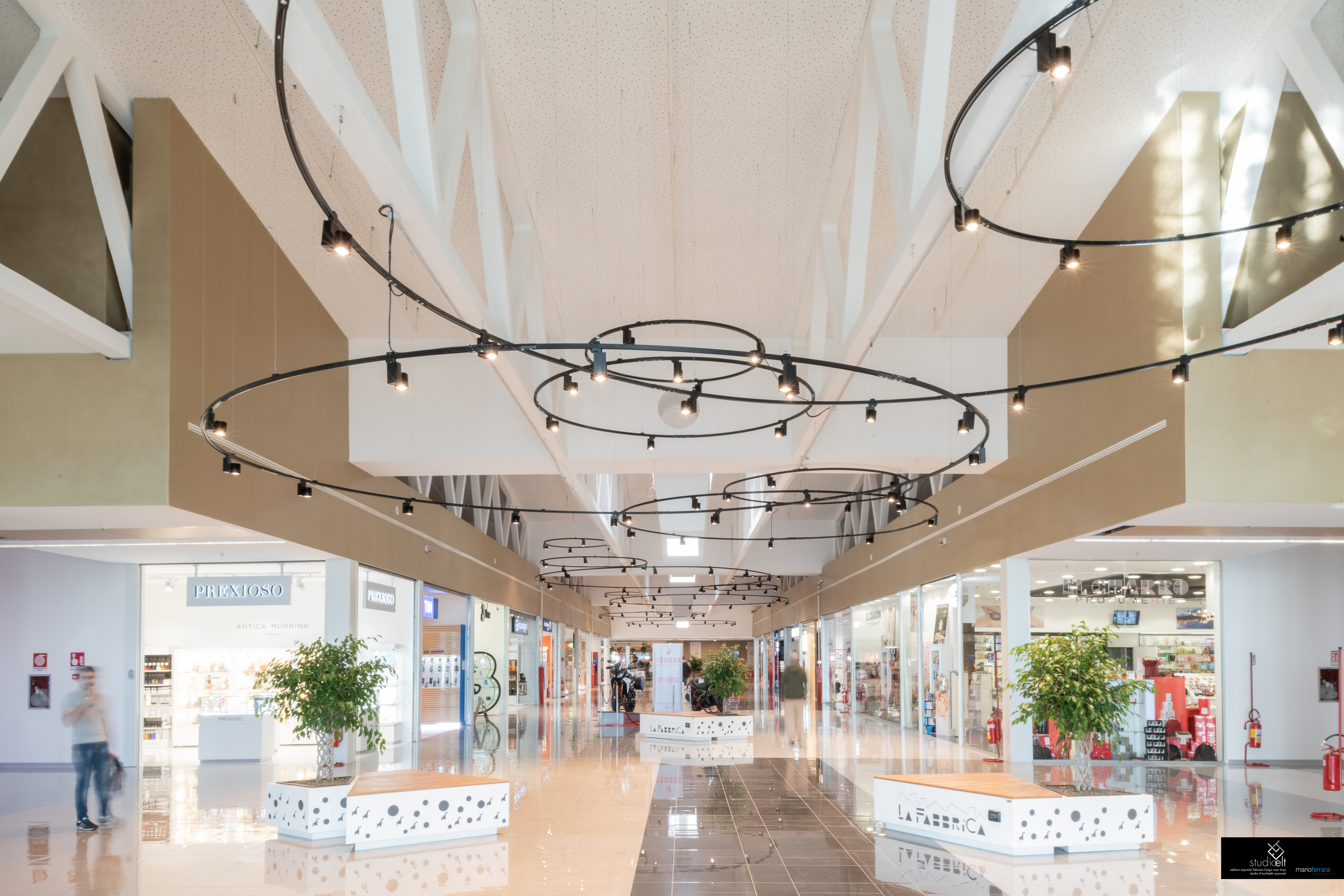 "SHOPPING MALL ""LA FABBRICA"" OF SALERNO - ITALY-image-5"