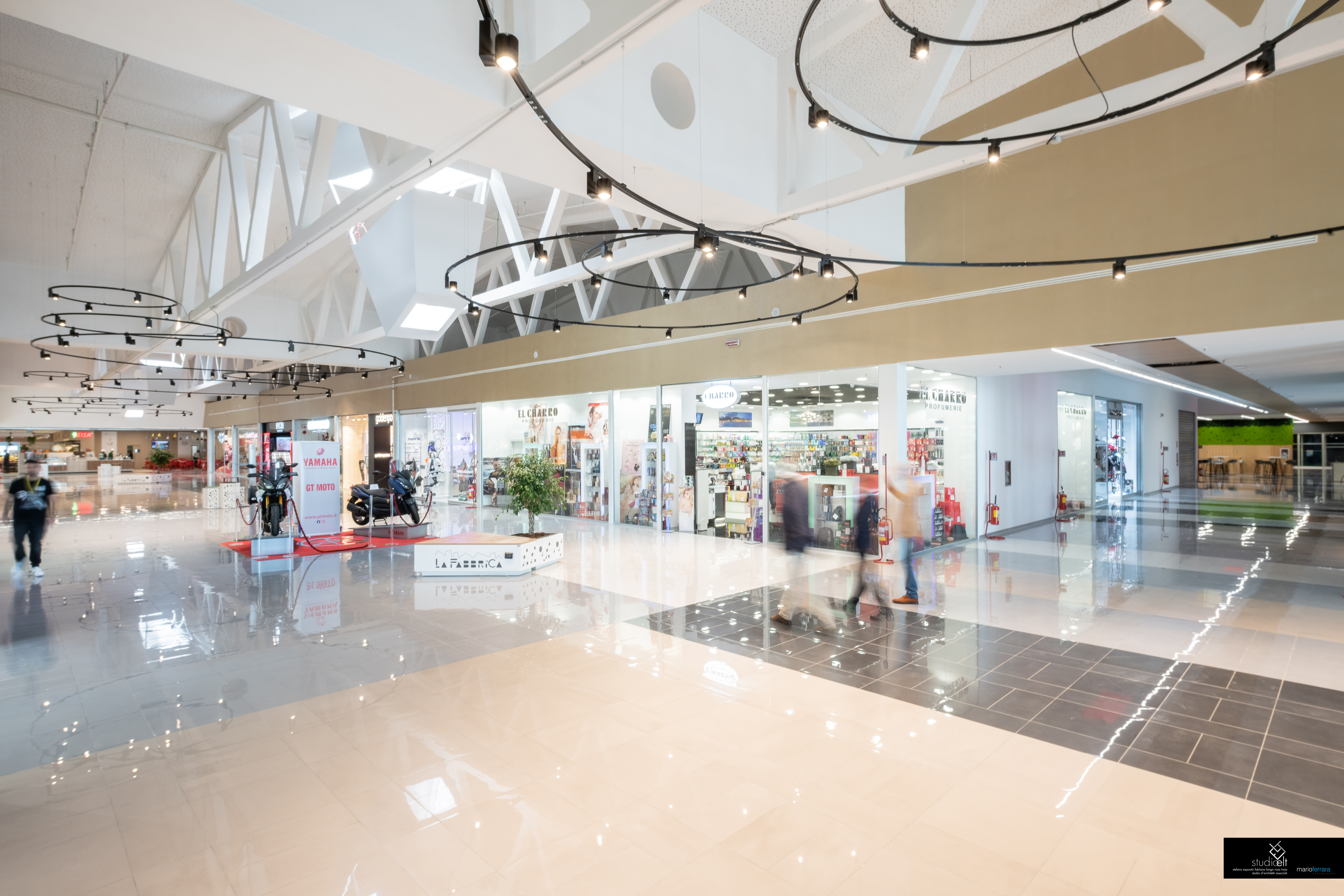 "SHOPPING MALL ""LA FABBRICA"" OF SALERNO - ITALY-image-6"